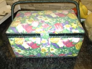 Excellent condition sewing basket for sale London Ontario image 3