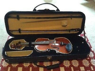 Hidersine Piacenza Violin 4/4 Full Size Excellent Condition with upgraded strings