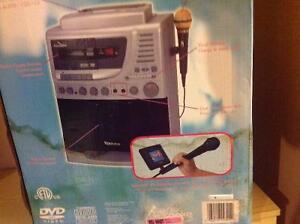 Karaoke DVD-CD Player