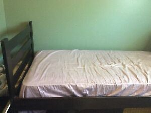 Single bed - solid wood frame with bookcase headboard - mattress Kitchener / Waterloo Kitchener Area image 2