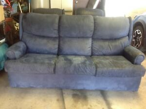 Lounge and two matching recliners Old Toongabbie Parramatta Area Preview