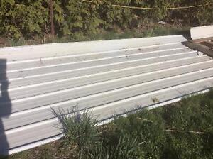 Steel Roofing/Siding Sheets for Smaller Building Projects