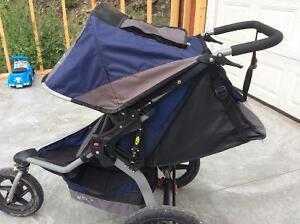 BOB Revolution SE running stroller Kingston Kingston Area image 1