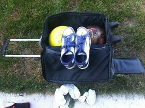 Ladies Bowling Set for Sale (incl. shoes, 2 balls & deluxe bag)