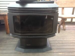 Wood Heater in good condition heats up to 26square home Dilston Launceston Area Preview