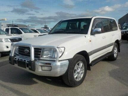 2004 Toyota Landcruiser White Automatic Wagon