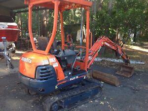 Kubota KX41 excavator with rock hammer Cooroy Noosa Area Preview