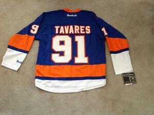 John Tavares Hockey Jersey Peterborough Peterborough Area image 5