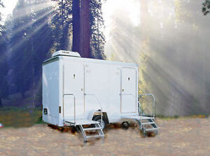 2 STATION PORTABLE COMBO RESTROOM / SHOWER TRAILER