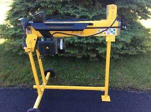 Log splitter (4 ton electric drive)