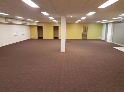 Large Open Plan Office / Retail Space For Lease Biggera Waters Gold Coast City Preview