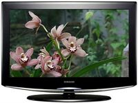 SAMSUNG 23 inch HD LCD TV - Freeview, HDMI, Remote Control, PC input - EXCELLENT condition!