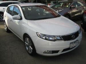 2012 Kia Cerato TD MY12 SLi White 6 Speed Sports Automatic Hatchback Blackburn Whitehorse Area Preview