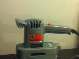 Vintage Black and Decker sableuse