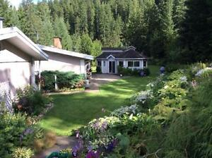 House, 4 Car with 4.76 Acres and Income from 7 Buildings Revelstoke British Columbia image 7