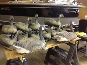 12 flowing decoys