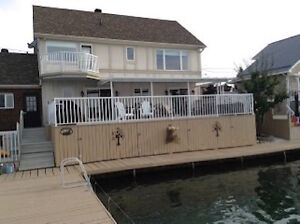 WATERFRONT HOME / ST. LAWRENCE RIVERFRONT