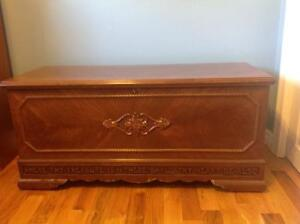 Lane Cedar Chest Buy And Sell Furniture In Ontario