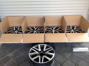 Hilux SR5 alloy wheels Geographe Busselton Area Preview