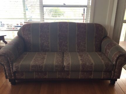 3 Seater lounge with 2 arm chairs
