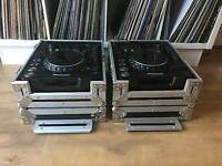 Pioneer 1000 mk2 with flight cases and leads.