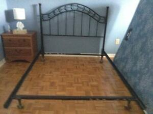 Metal full size bed and frame