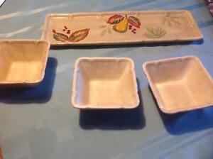 3 petits bols avec plat/3 small bowls with matching tray