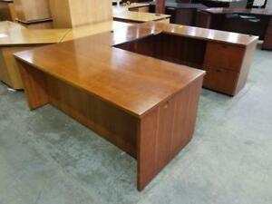 Caramel U Shaped Desk ($97.50 - $325) - Item #6778