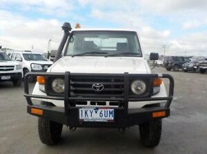 2005 Toyota Landcruiser White Manual Cab Chassis