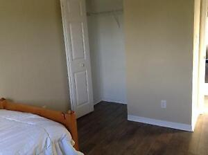 Room for rent in Amherstview home - parking available Kingston Kingston Area image 2