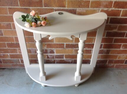 Wanted: Lovely Refurbished Side Table