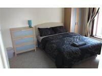 Double bedroom in quiet clean fresh house