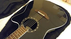 (reduced!!) Ovation acoustic giutar with hard case Peterborough Peterborough Area image 3