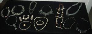 Beaux bijoux 10$ ou 2 pour 15$