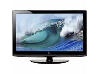 """32""""INCH LG LCD HD TV WITH BUILT IN FREEVIEW**DELIVERY IS POSSIBLE**"""