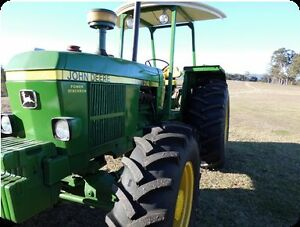TRACTOR JOHN DEERE  3140 4WD 6CYL DIESEL 100hp MECH A1 Gloucester Gloucester Area Preview