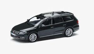 NEW GENUINE VW PASSAT B7 ESTATE URANO GREY 1:43 SCALE DIECAST MODEL CAR
