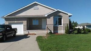 Spacious Home for Rent in Aylmer
