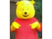 Winnie the pooh xxl Mascot.