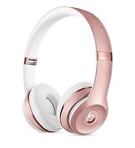Beats by Dr Dre rose gold
