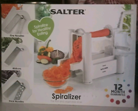 **SPIRALIZER** FRUIT AND VEGETABLE CUTTER SALTERS