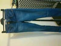 New jeans, size XS