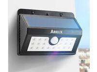 Solar Powered PIR Motion Sensor Outdoor Wall Light