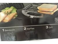 Grill,Toaster and Waffle Maker