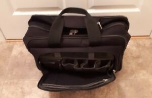 Luggage - Ricardo Beverly Hills Black Carry On Business Travel