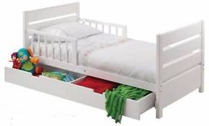 Todder's Bed with Drawer, Mattress & Linen Yarrawonga Moira Area Preview