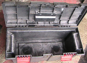 Toolbox, Very strong.   Rubber made for $20.00  25cm x 25 cm x 7 West Island Greater Montréal image 2
