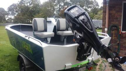 4.6mt 3mm plate boat side console Sandstone Point Caboolture Area Preview