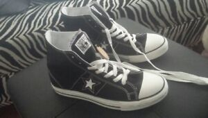 New Black Mens Converse One Star Size 7
