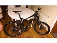 "19"" - 20"" Giant Yukon Mountain Bike - customised high spec parts. Hydraulic Disc Brakes"